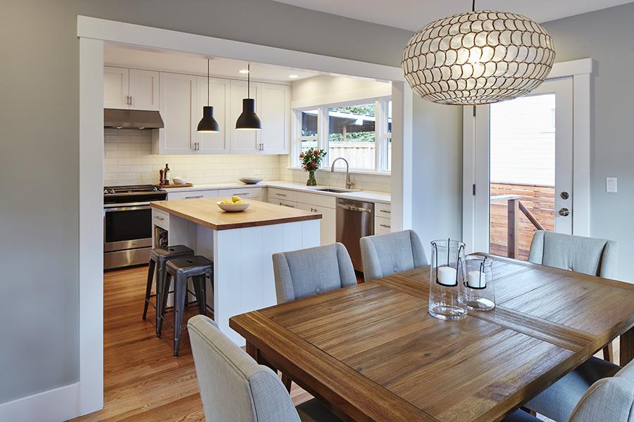 Kitchen dining 900.jpg