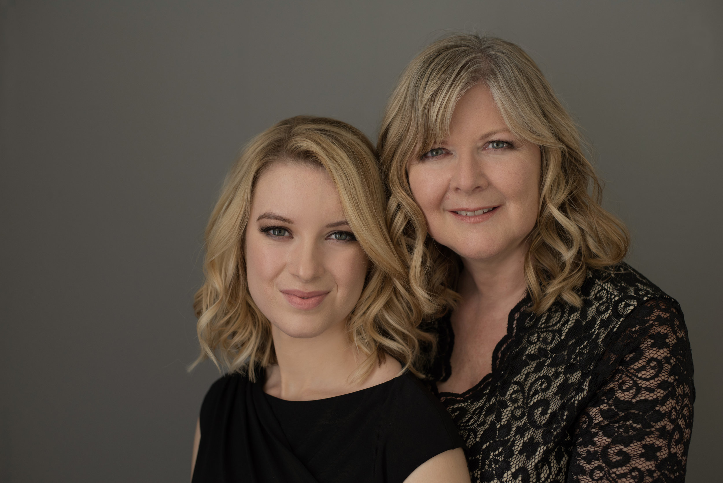motherdaughterphotoshoot