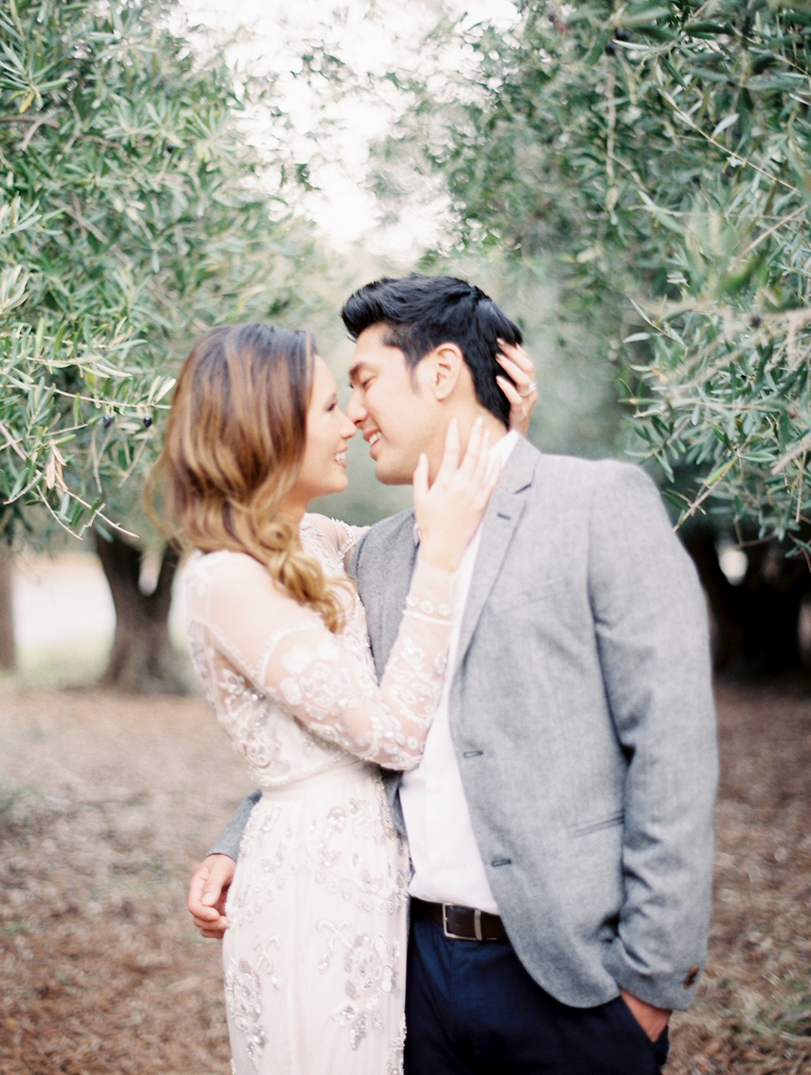 OliveFieldEngagementsessionbyCocoTran-7.jpg