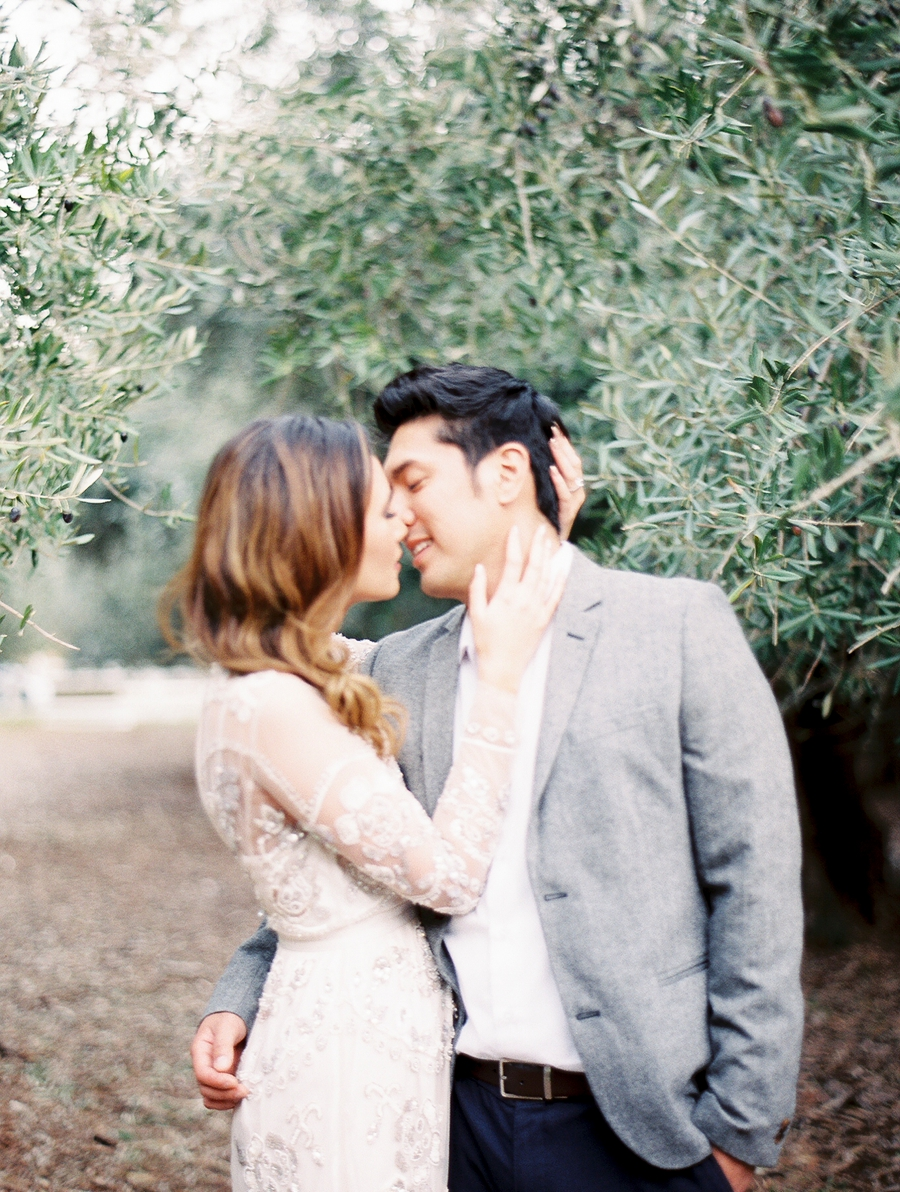 OliveFieldEngagementsessionbyCocoTran-8.jpg