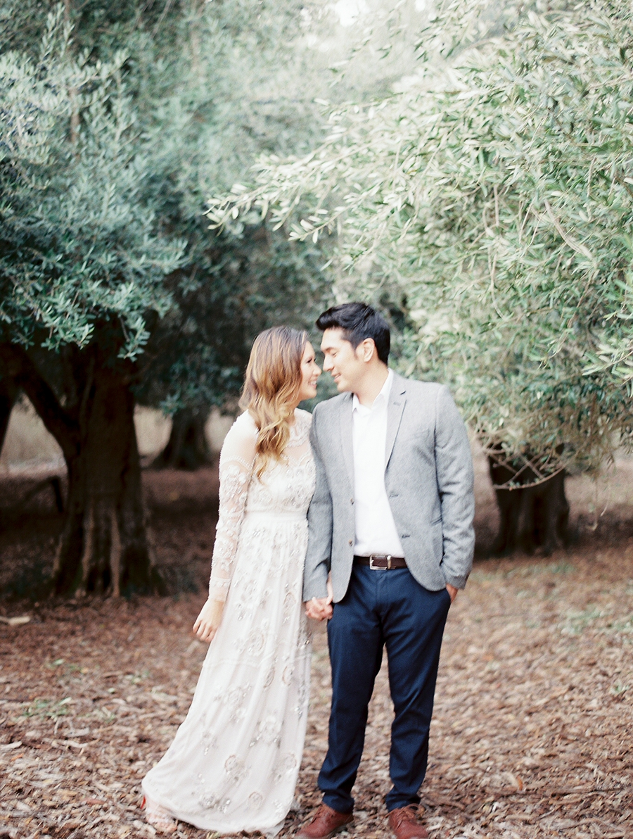 OliveFieldEngagementsessionbyCocoTran-9.jpg