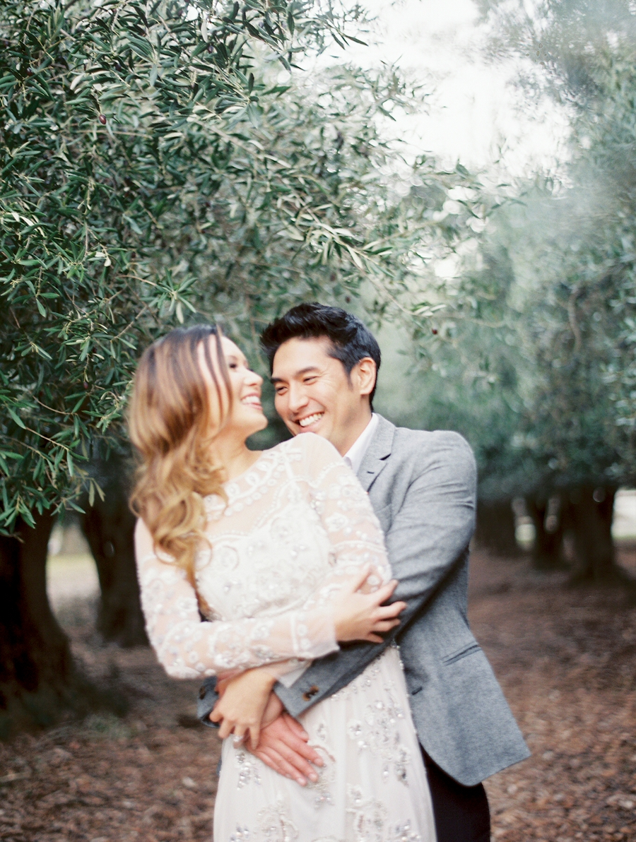 OliveFieldEngagementsessionbyCocoTran-14.jpg