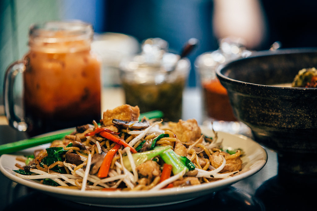 Pan Fried Pancit Noodle (Photo by Lauren di Matteo)