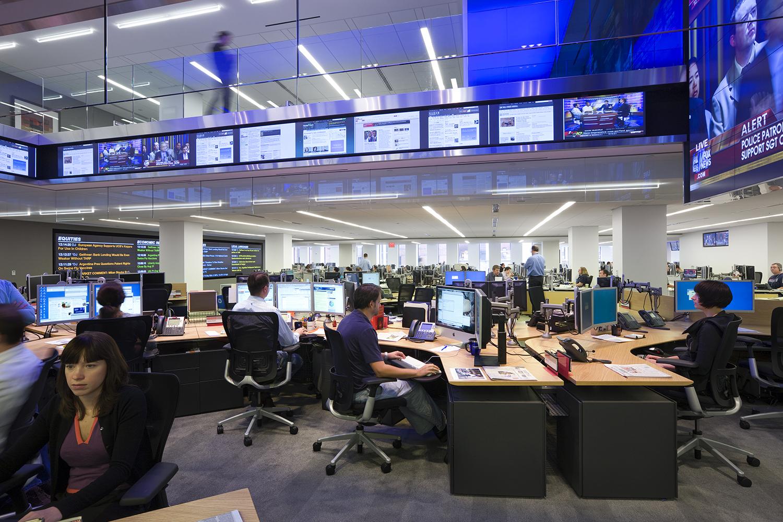 DJ_hub desk fl 6_view2_1500_px.jpg