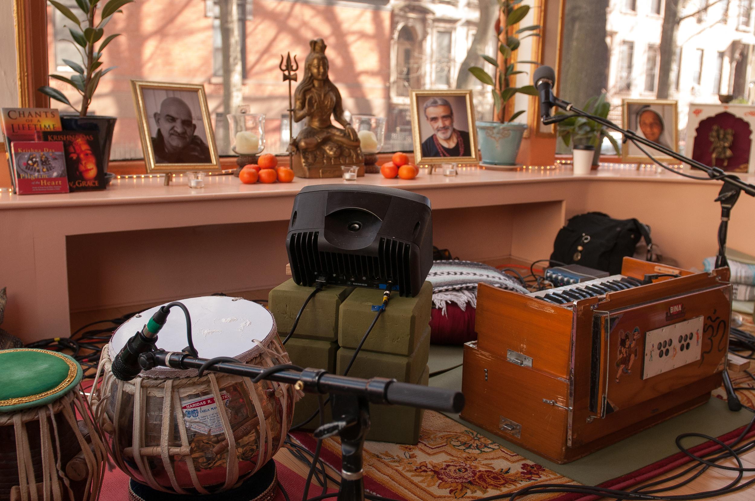 Krishna Das - Heart of Devotion Workshop @BYS-2.jpg
