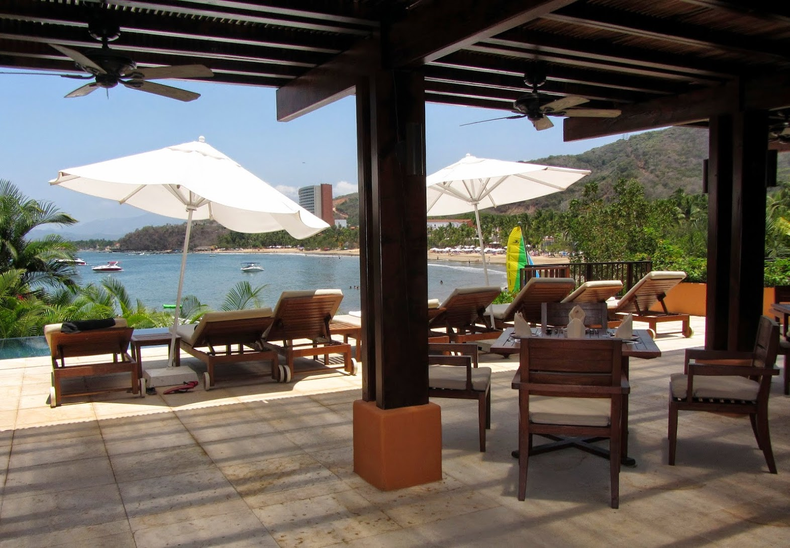 Vista Comedor Club Playa Quieta.JPG
