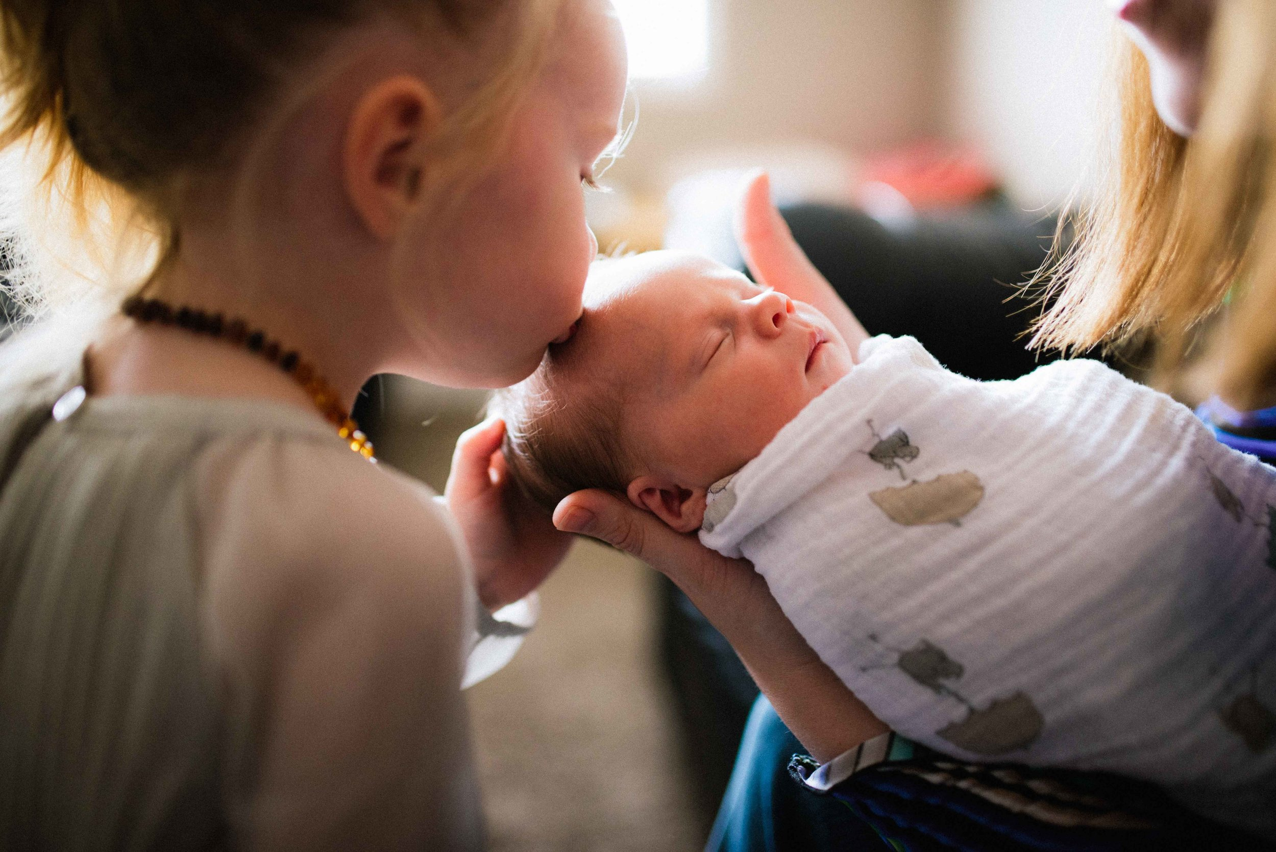 Calgary Canmore Banff Fernie Newborn Family Maternity Photography-55.jpg
