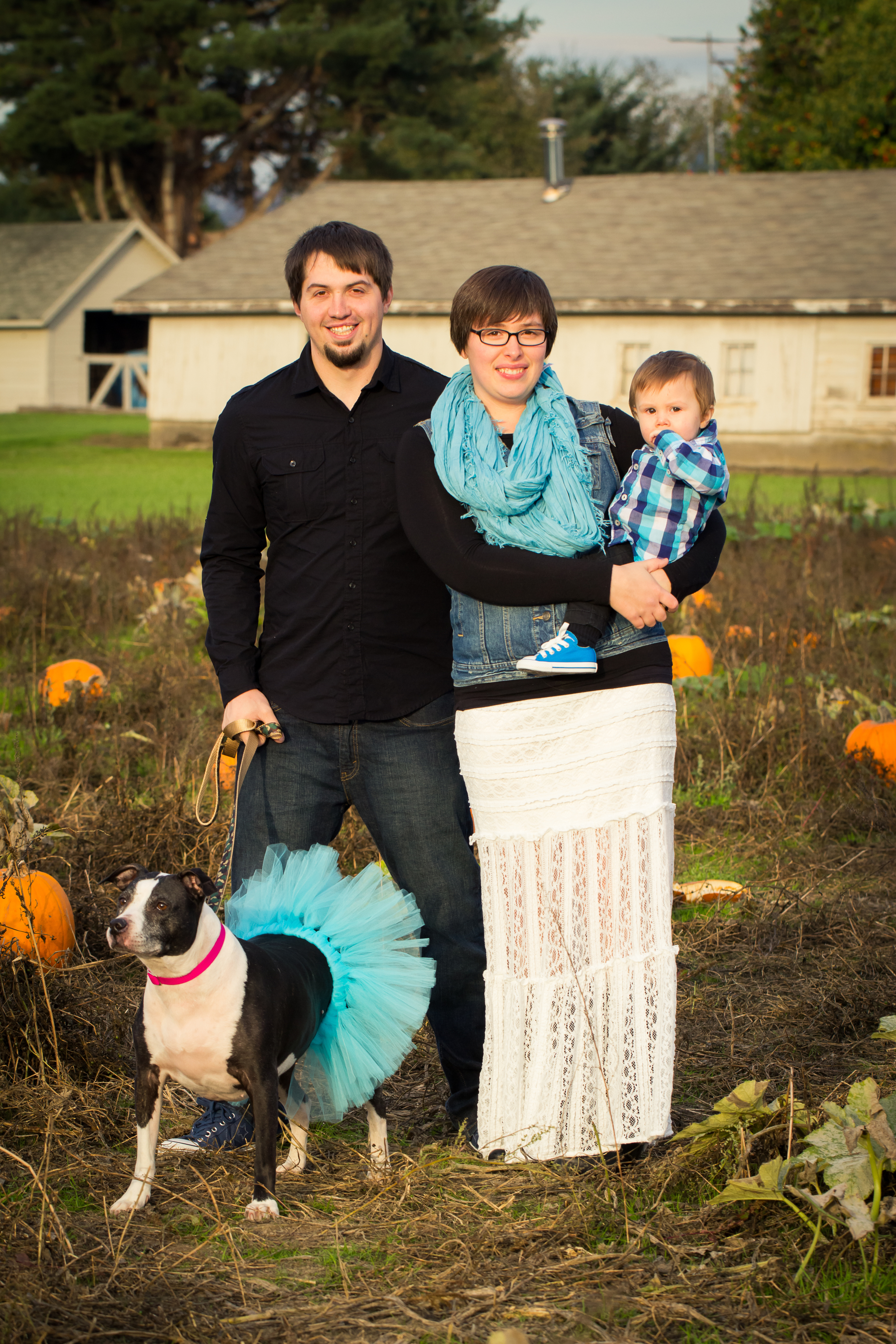Young Family By Captured By Katie Photography, Bonney Lake Photographer