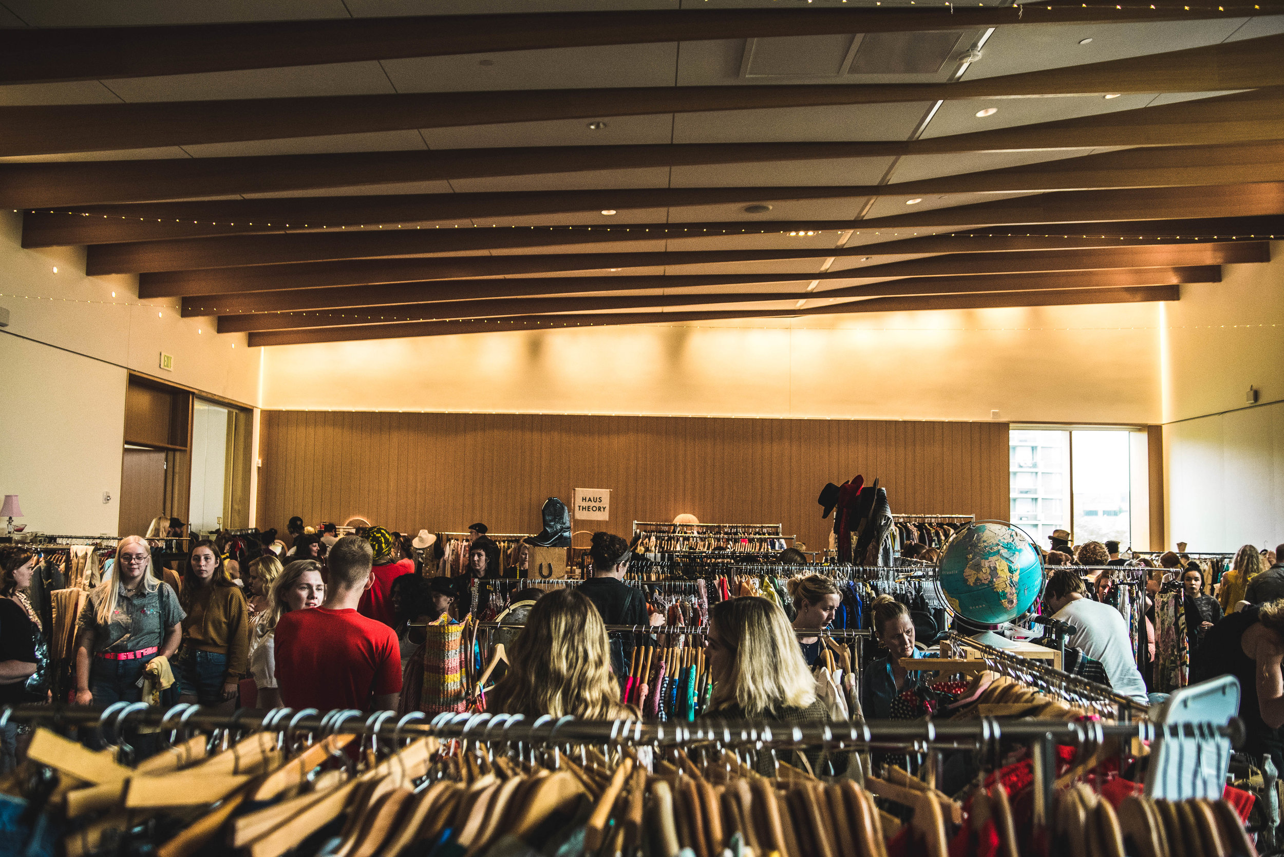 - If you're a lover of local makers, vintage goods and live in the Midwest, I'm certain you've heard of the MPLS Craft Market & the MPLS Vintage Market.