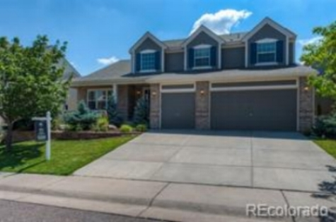 Great two story home in Castle Pines North
