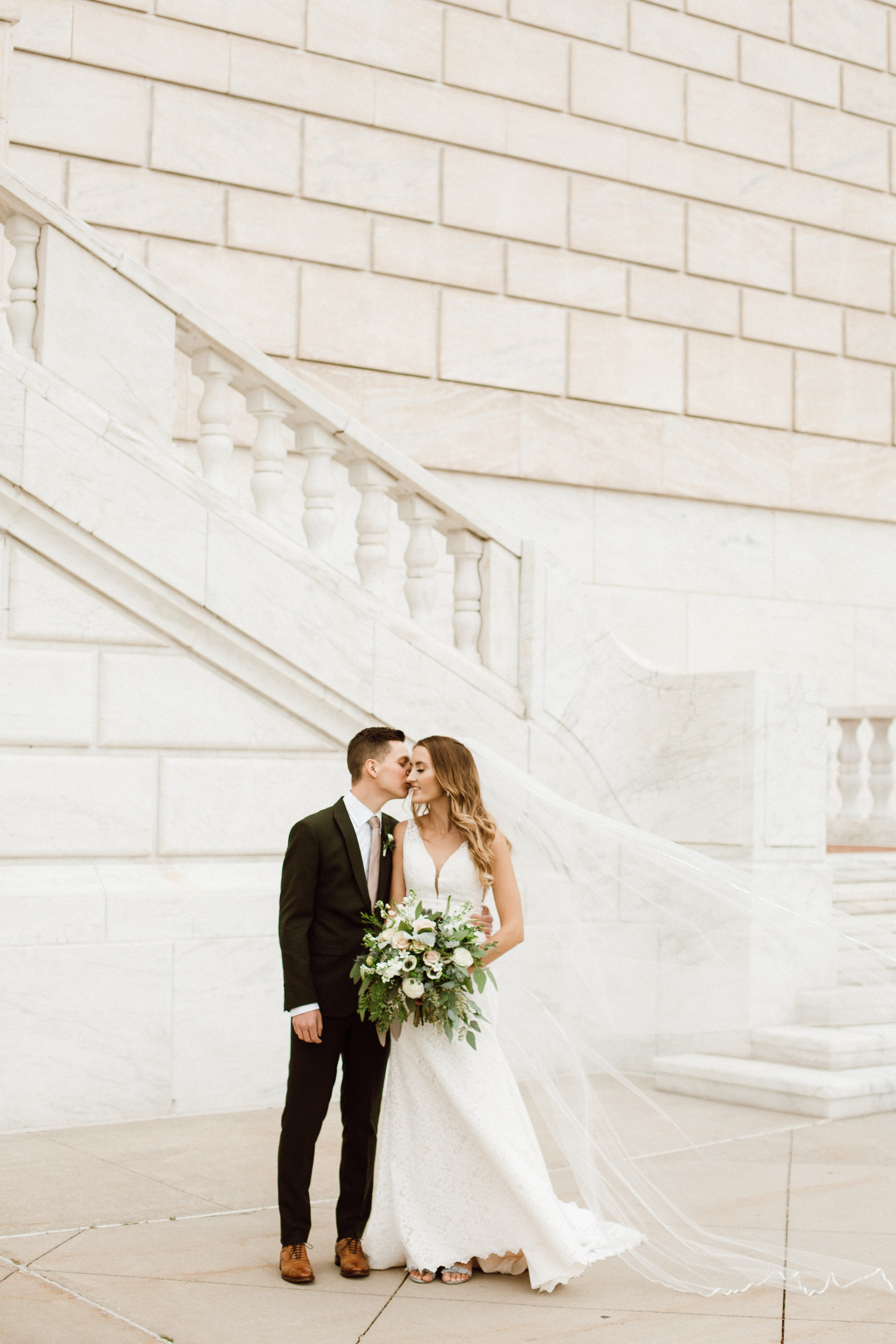 Katie_Vonasek_Photography_Ford_Piquette_Plant_Wedding_Detroit25.JPG