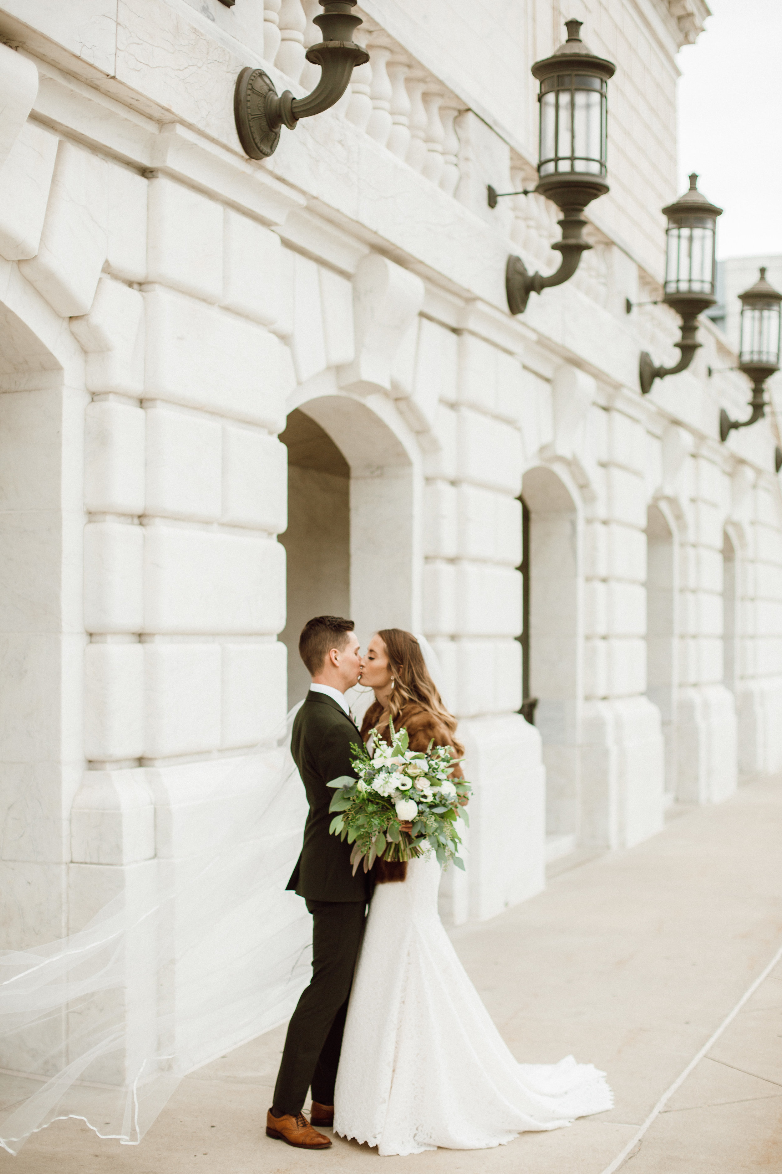Katie_Vonasek_Photography_Ford_Piquette_Plant_Wedding_Detroit29.JPG