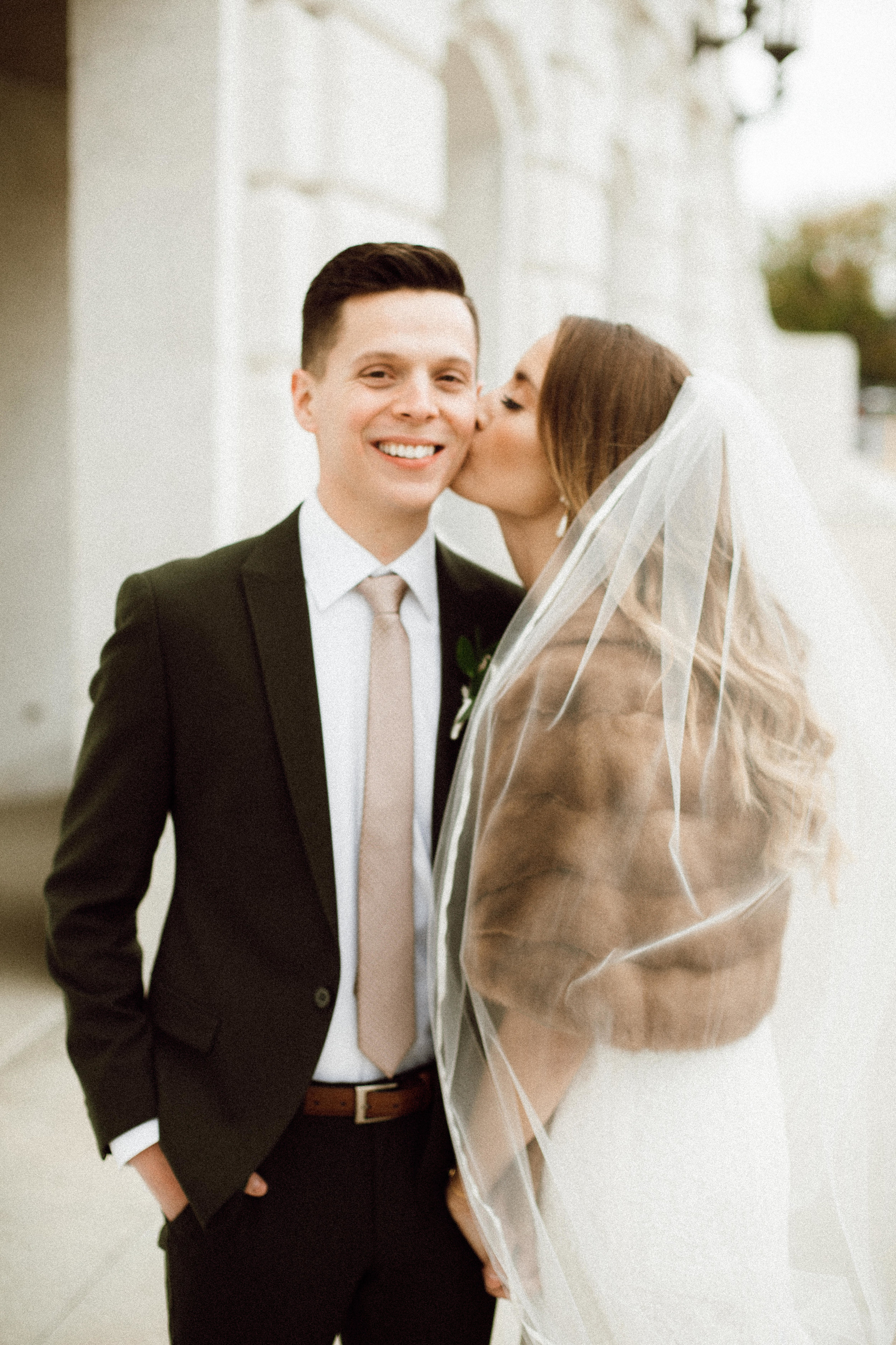 Katie_Vonasek_Photography_Ford_Piquette_Plant_Wedding_Detroit31.JPG