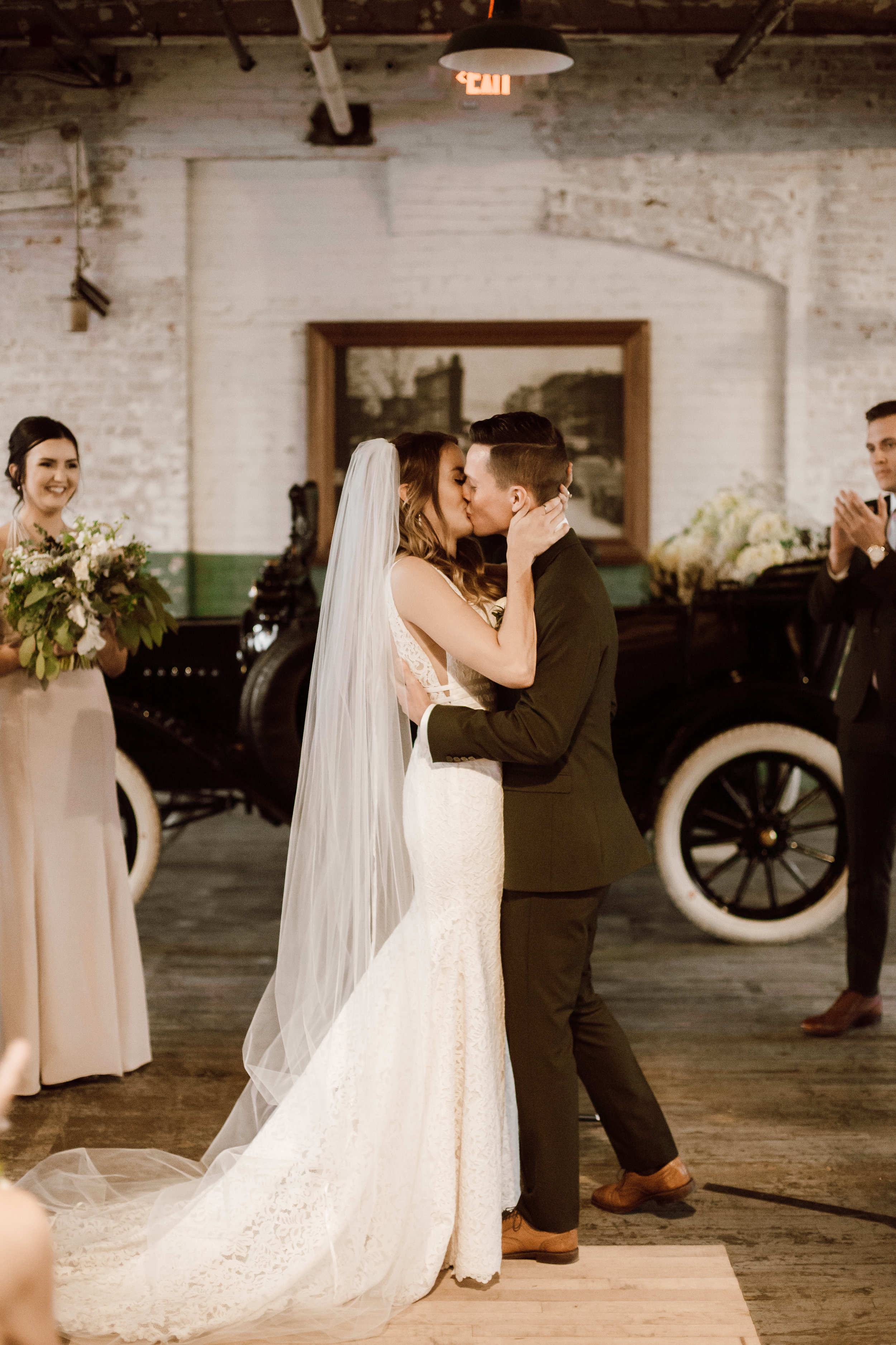 Katie_Vonasek_Photography_Ford_Piquette_Plant_Wedding_Detroit75.JPG