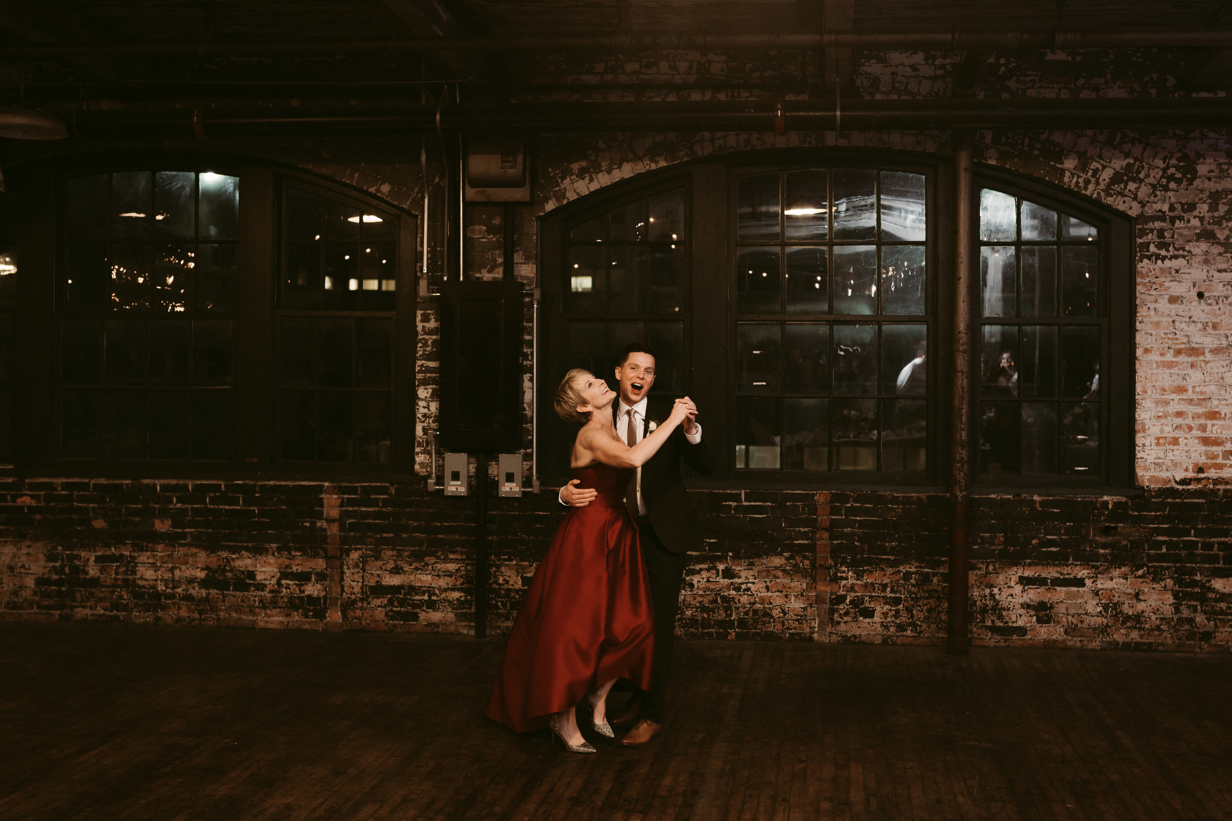 Katie_Vonasek_Photography_Ford_Piquette_Plant_Wedding_Detroit107.JPG