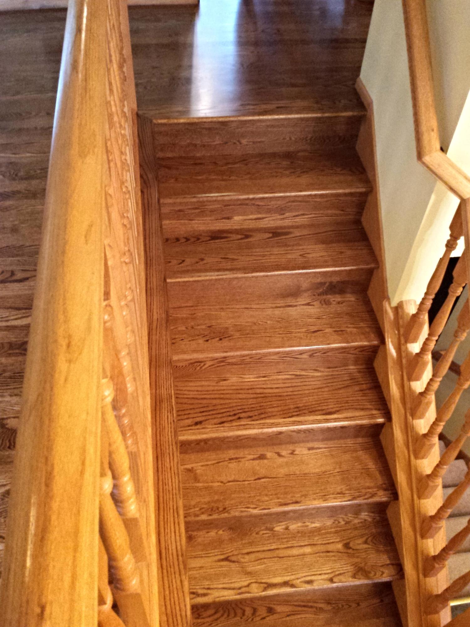 Red oak staircase in Stillwater, MN