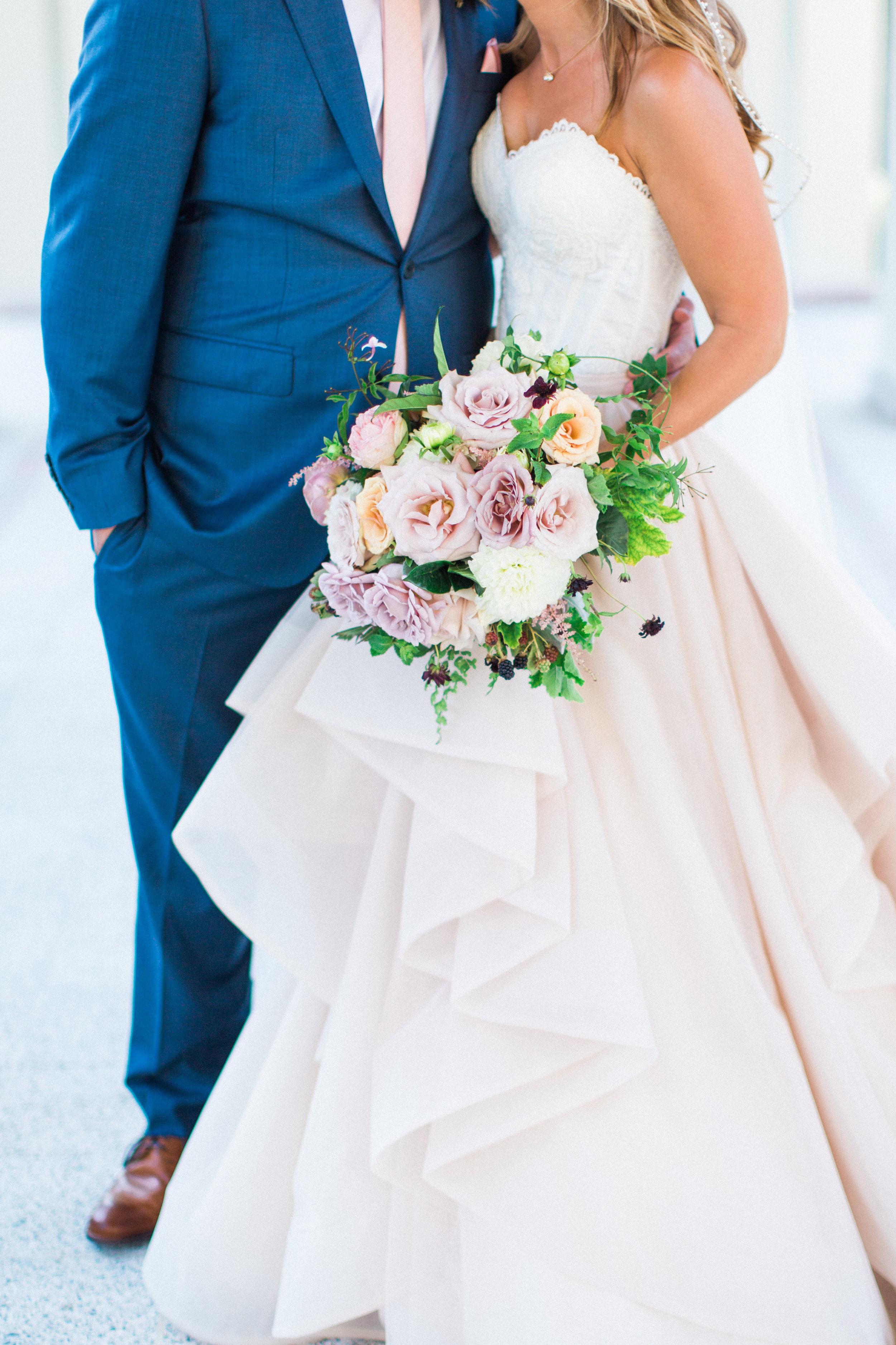 Blooms-breesa-lee-luxury-florist-aga-jones-tres-chic-affairs-san-diego-wedding-classic-coast-catering-(31).jpg