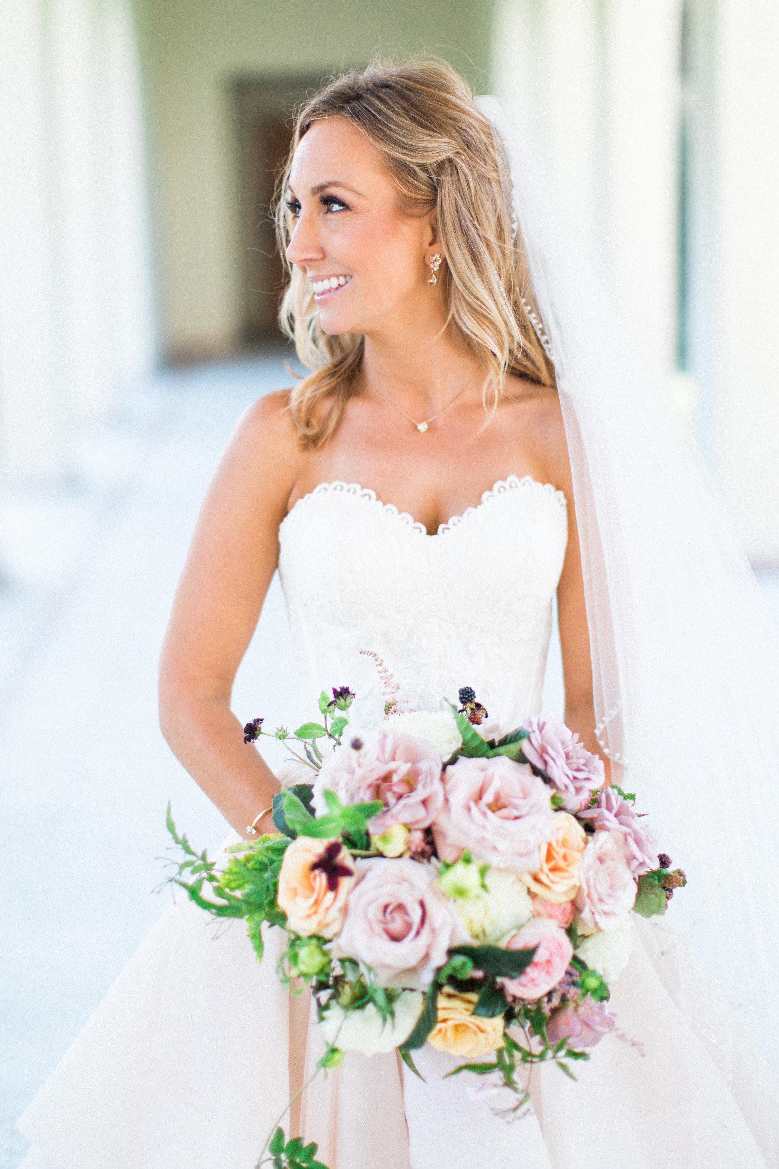 Blooms-breesa-lee-luxury-florist-aga-jones-tres-chic-affairs-san-diego-wedding-classic-coast-catering-(45).jpg