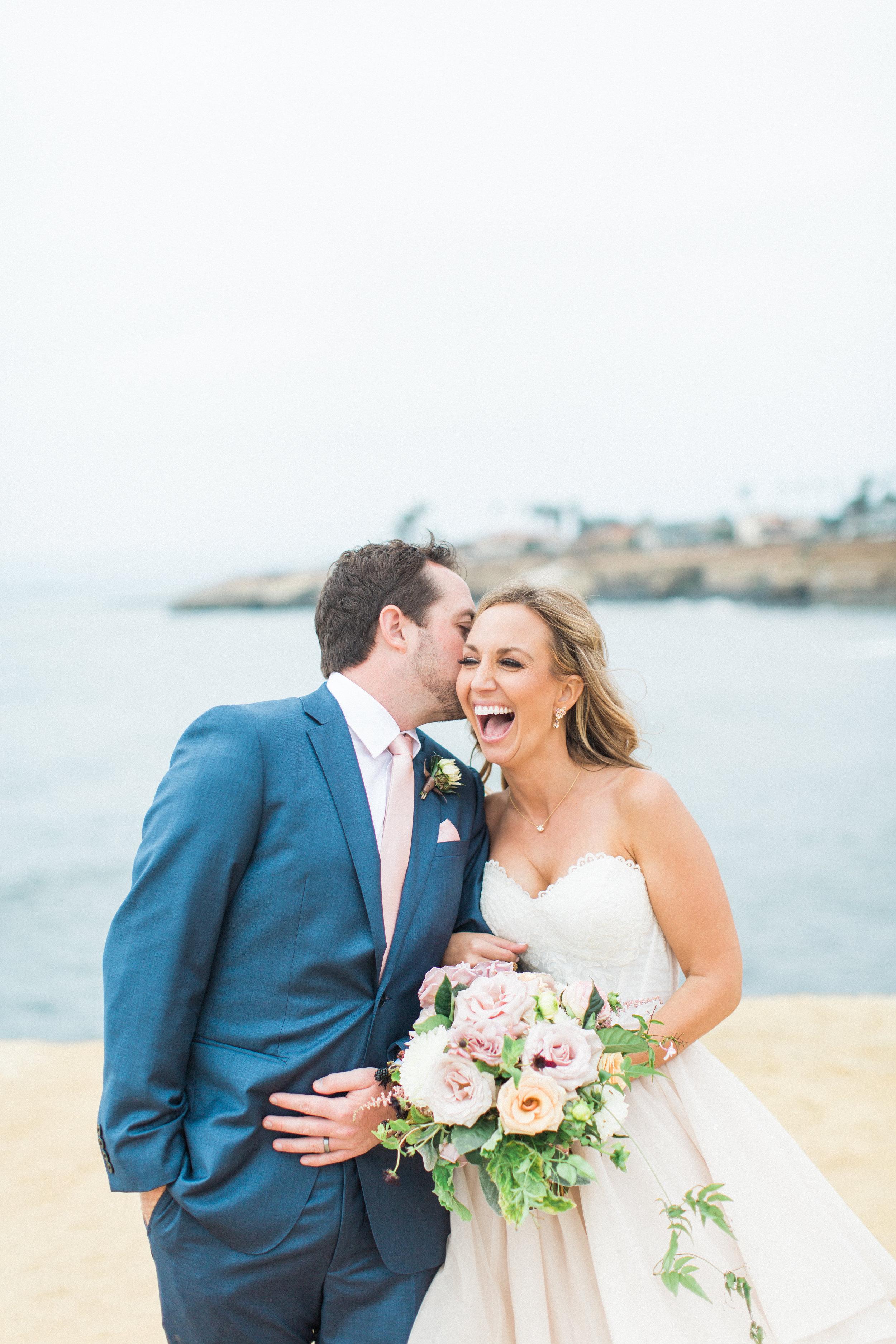 Blooms-breesa-lee-luxury-florist-aga-jones-tres-chic-affairs-san-diego-wedding-classic-coast-catering-(79).jpg