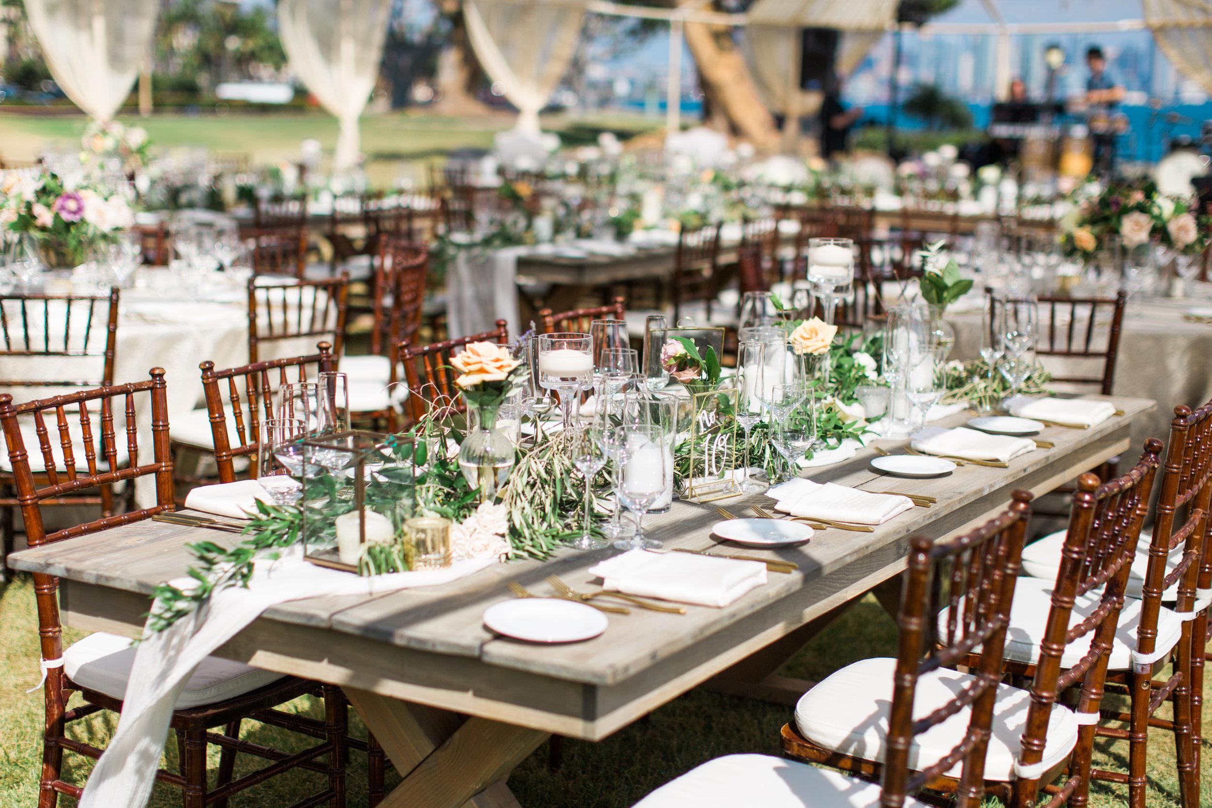 Blooms-breesa-lee-luxury-florist-aga-jones-tres-chic-affairs-san-diego-wedding-classic-coast-catering-45).jpg