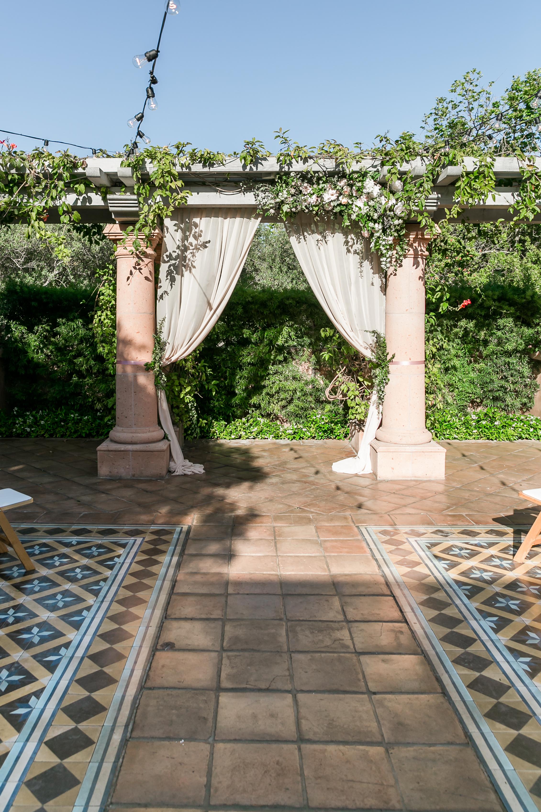 Julie_Ferneau-blooms-rancho-valencia-ribeau-wedding-rancho-santa-fe-luxury-garden-wedding-4.jpg