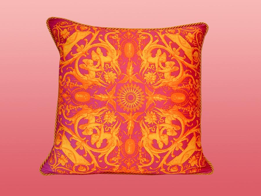 Benton's Pillows