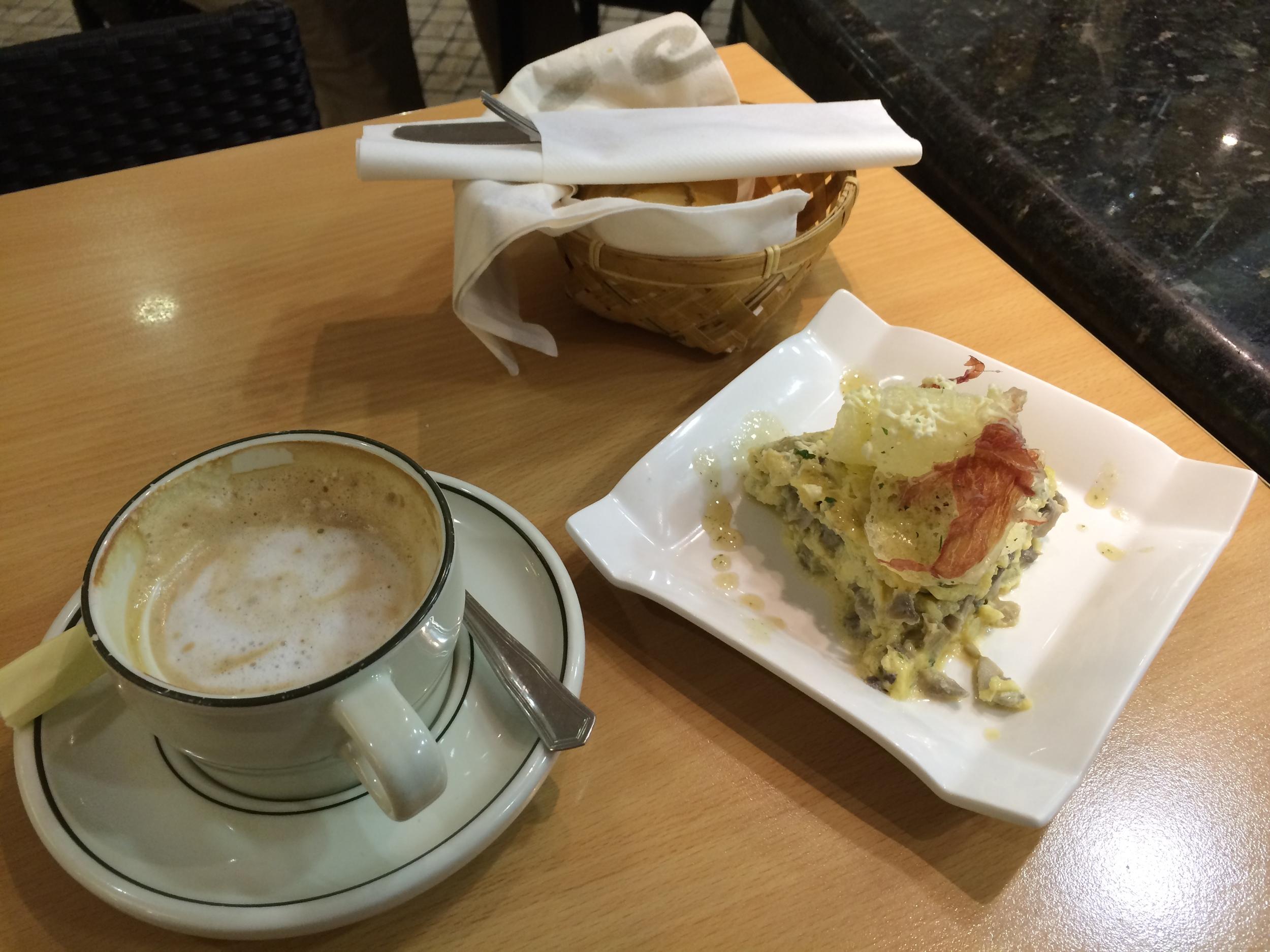 Breakfast at Bar Azkena