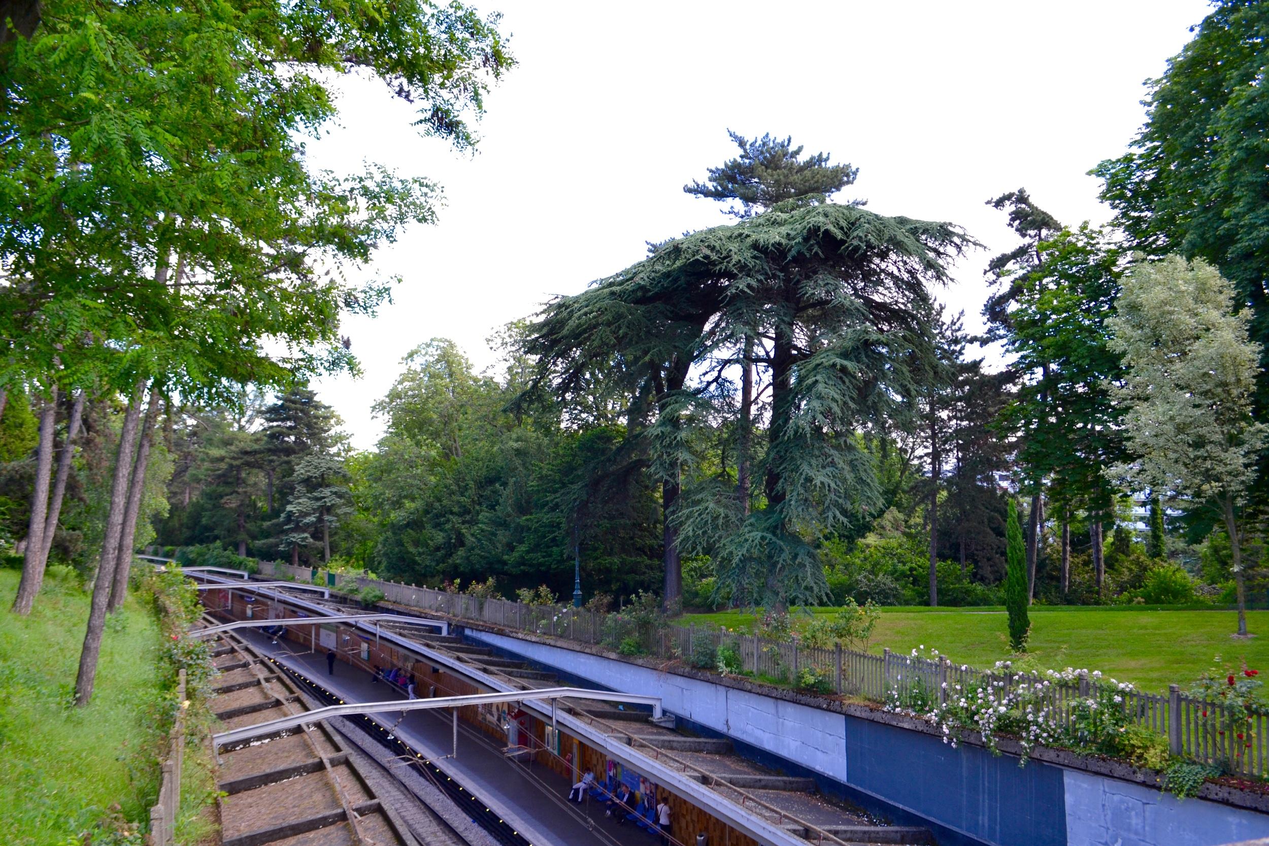 The RER B at Cité Universitaire