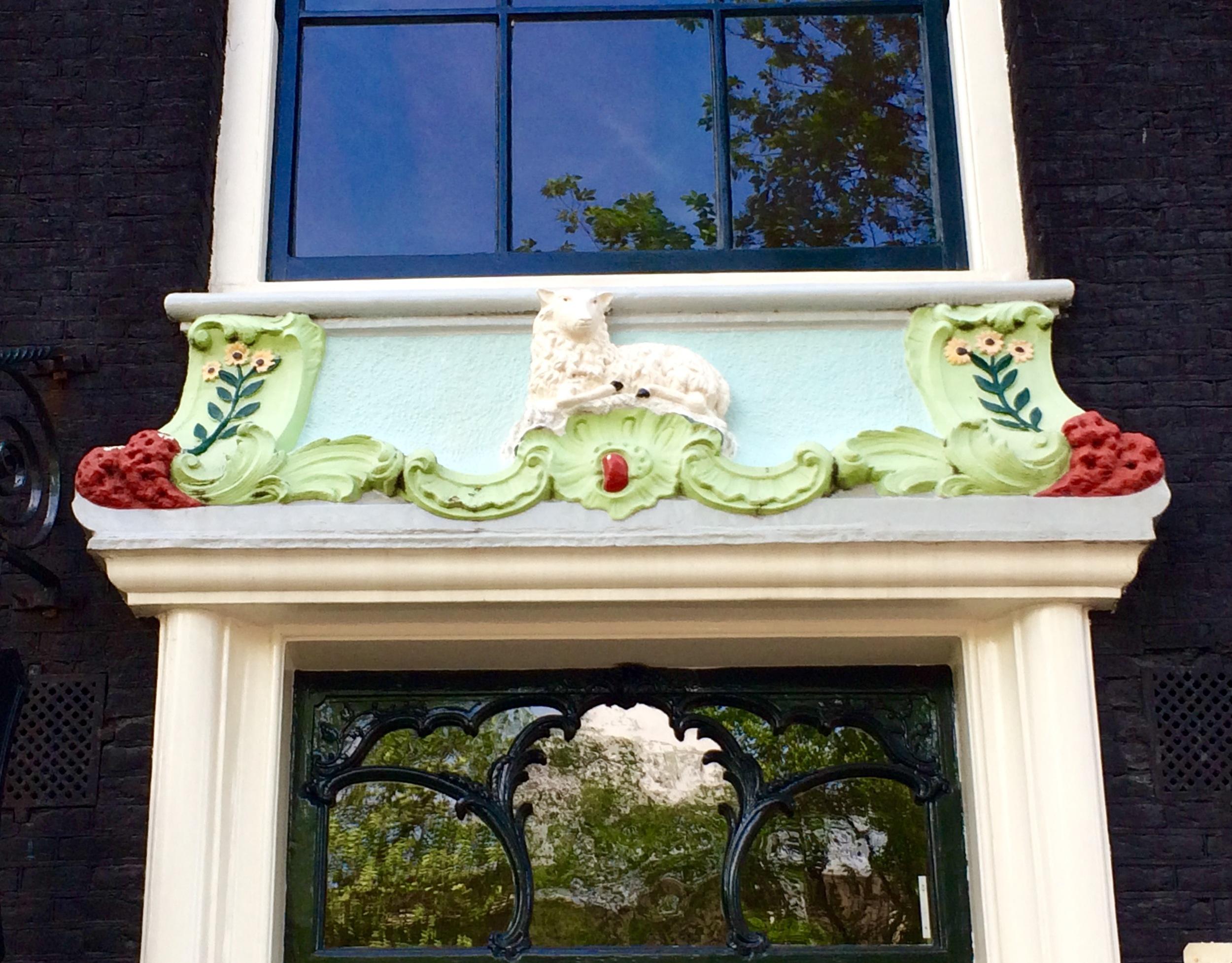 Doorway on canal Prinsengracht