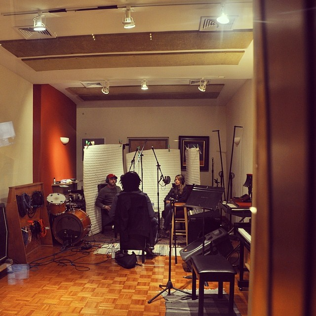 Another shot of @sinestudios with @sidneygantt #randipants