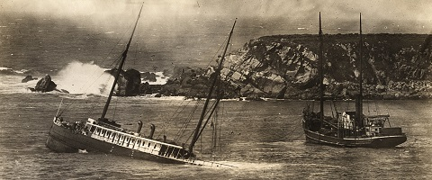 SS Pomona struck rocks just south of Fort Ross