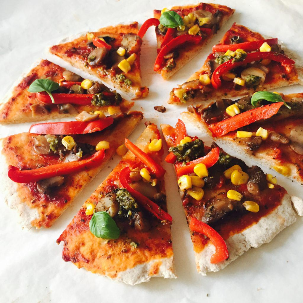 Beauty_and_the_nature_easy_vegan_pizza_recipe.jpg
