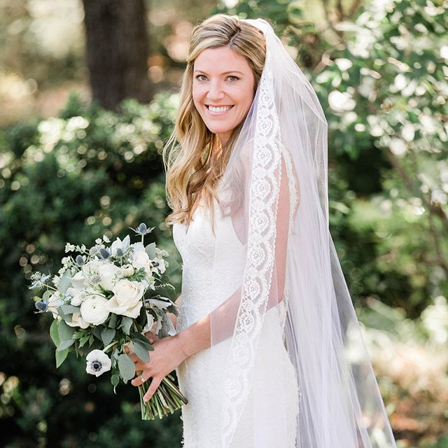 Loved the veil on this beautiful bride!