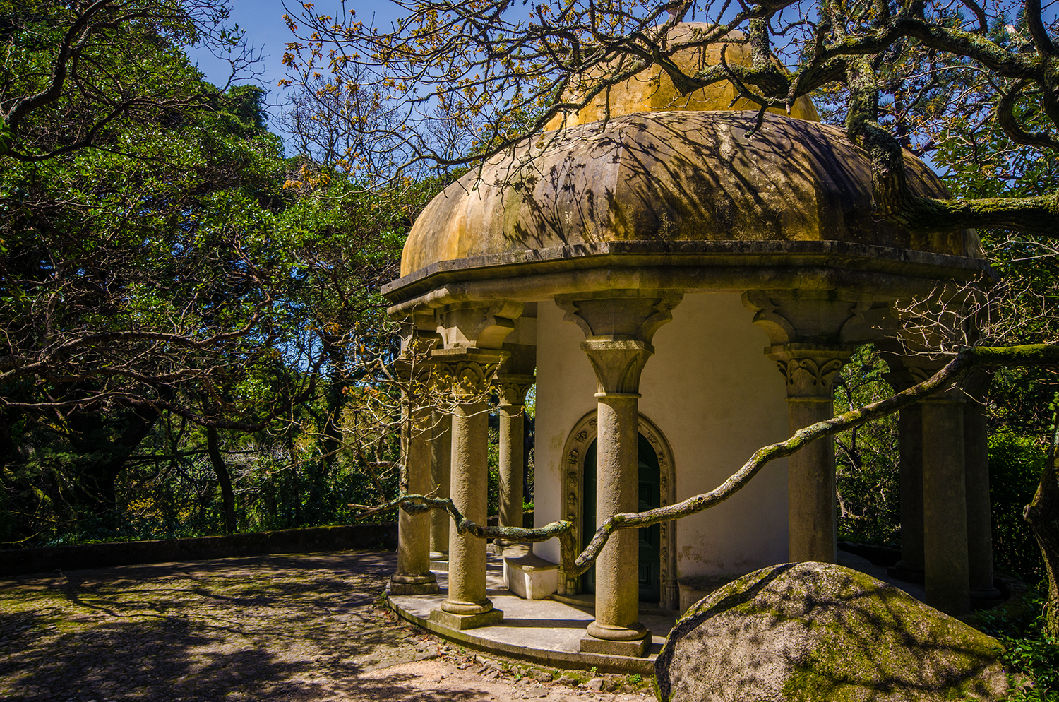 Sintra sightseeing with Sintra Photo Tour - Pena Park