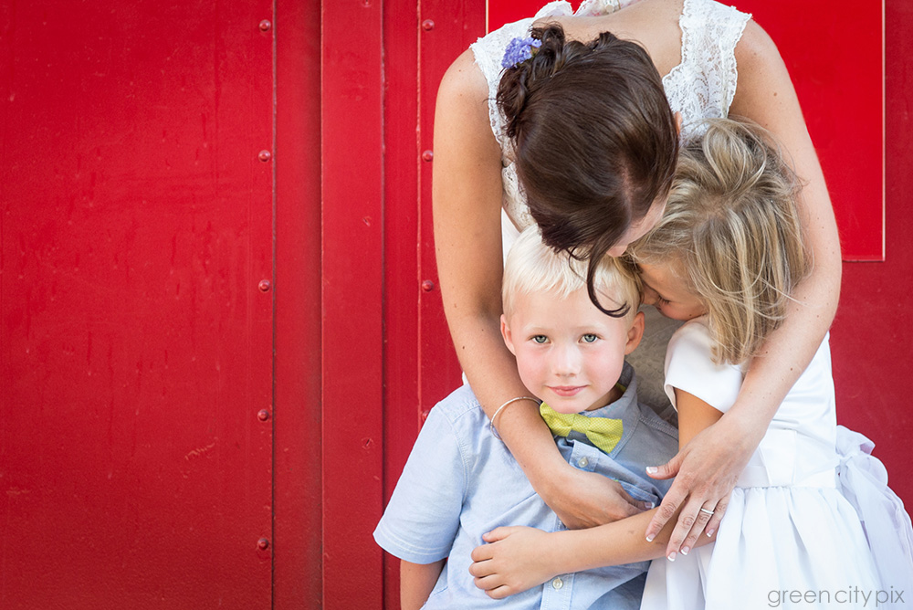 The bride with her nephew and niece. The green bow tie looks so smart! The brilliant red wall is at a fire station in Pioneer Square.