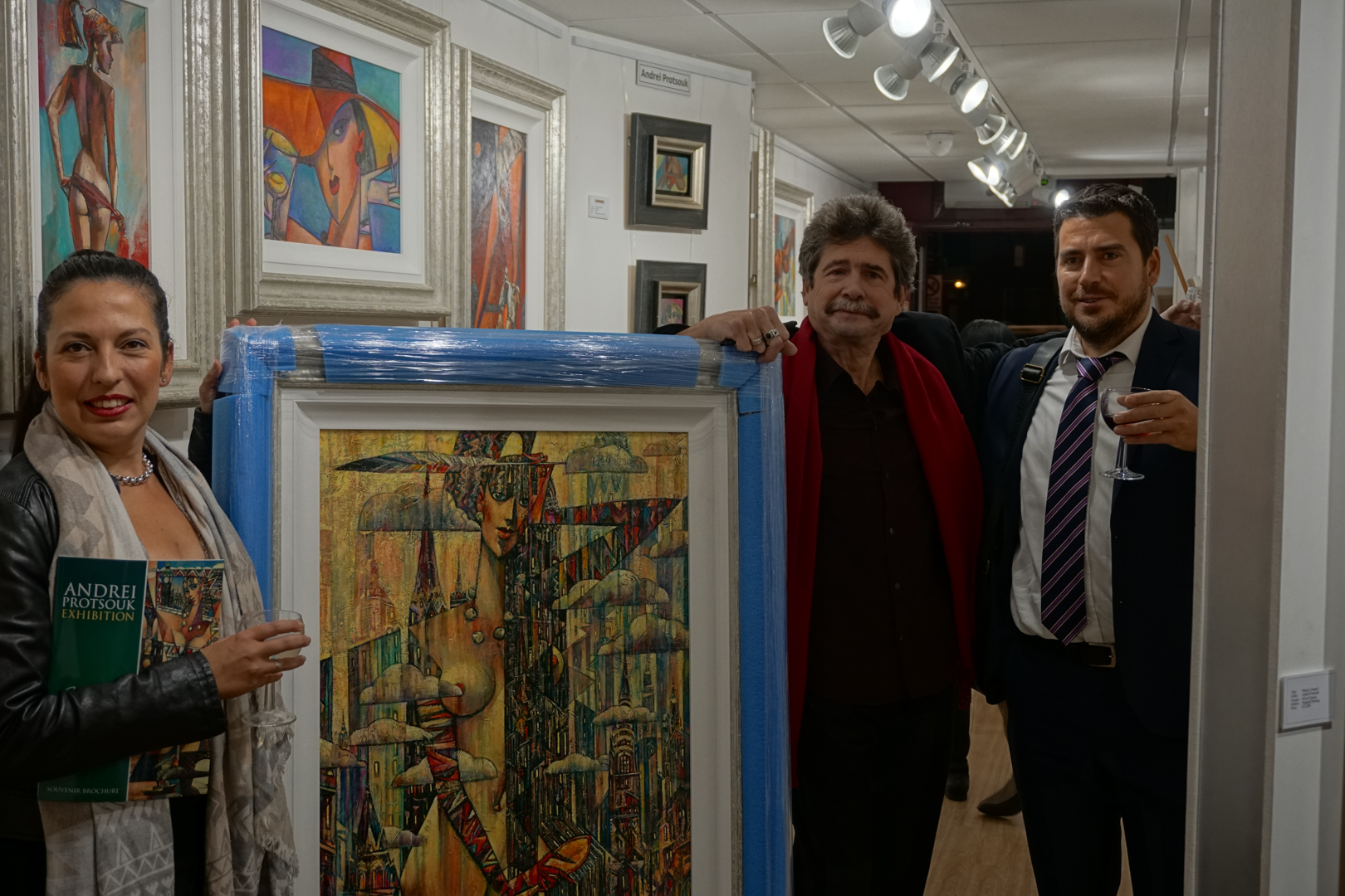 Collectors at Images in Frames