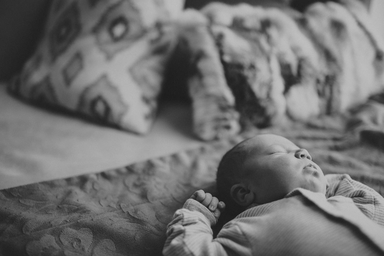 Corbin_Newborn-013.jpg