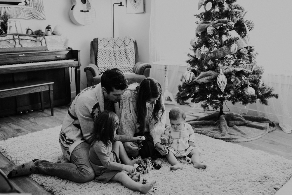 Mini Session - Young Family-023.jpg