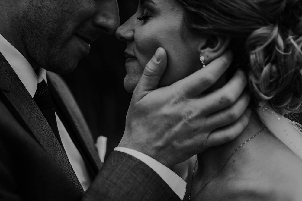 Lloydminster Wedding Photographer-043.jpg