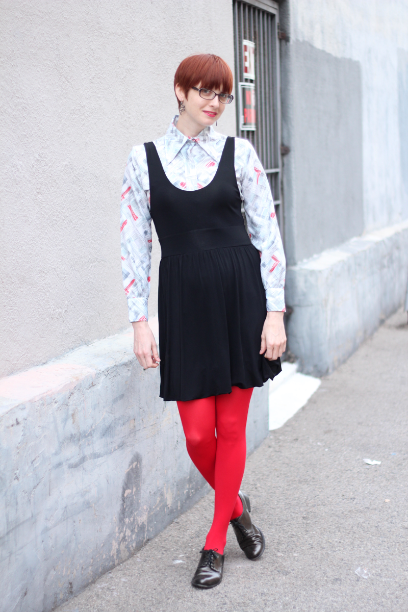 70s print blouse red tights_1.png