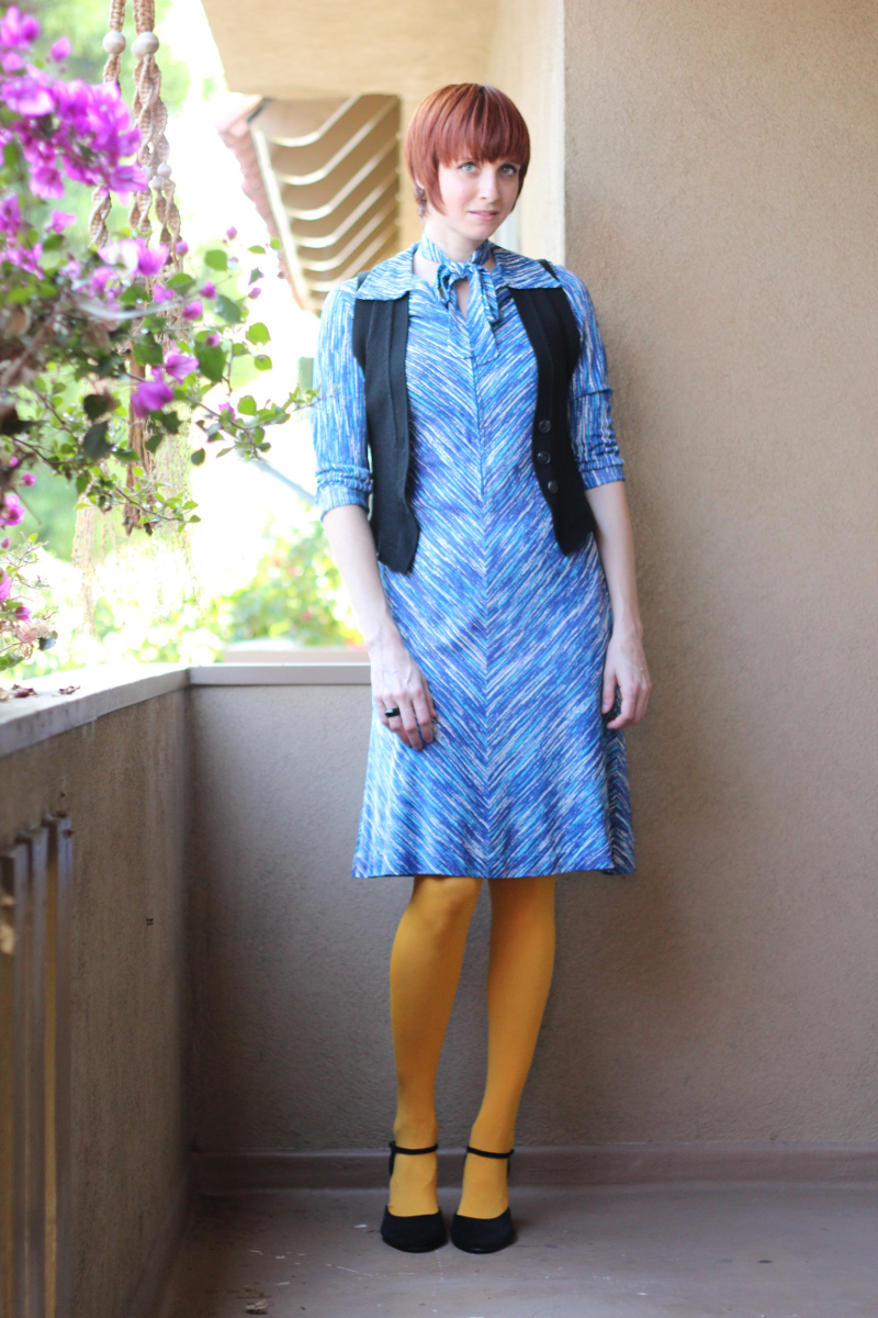 blue dress yellow tights_2.jpg
