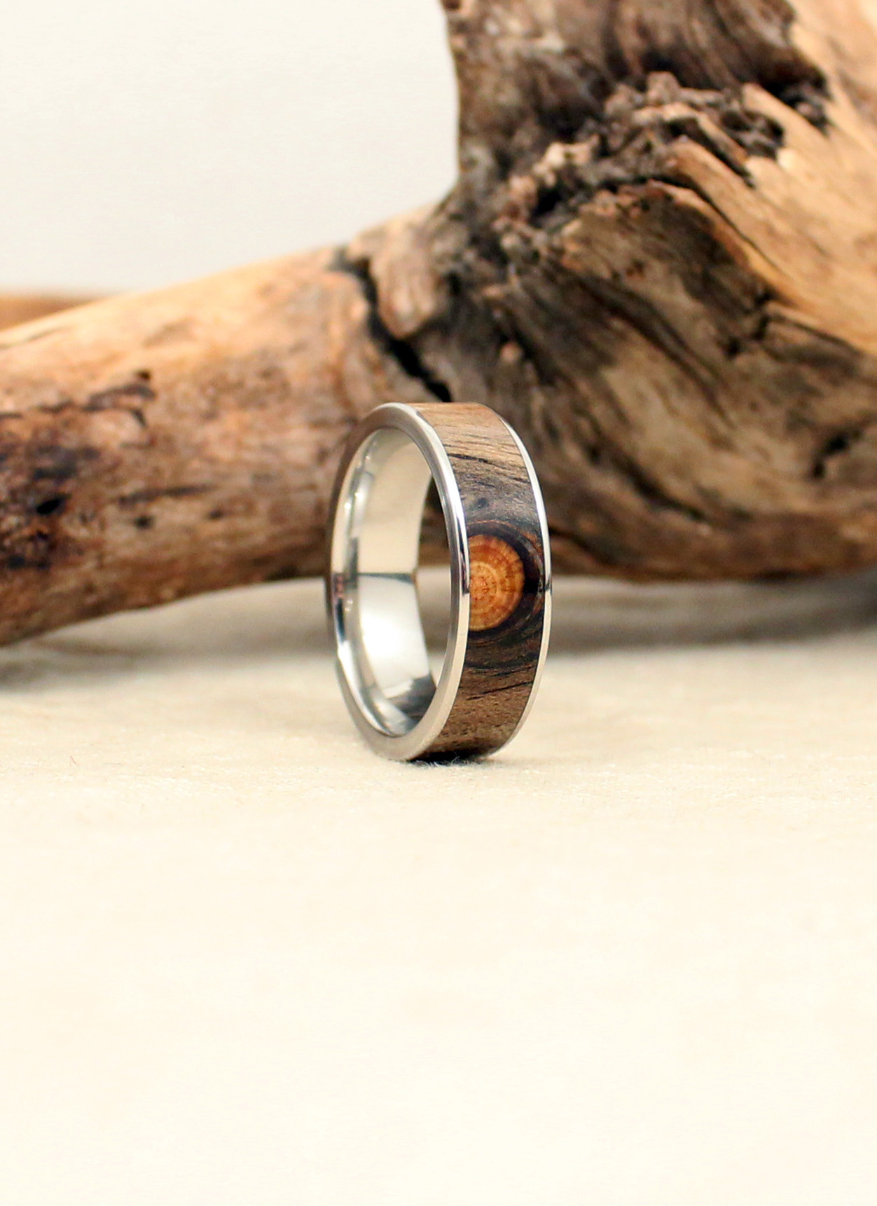 Cobalt and Beetle Kill Pine (w/knot) Wood Ring