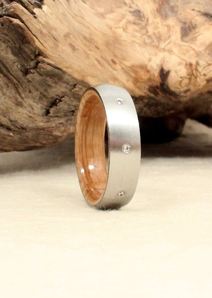 bourbon-wedding-ring-wooden-diamond-ring-wedgewood.jpg
