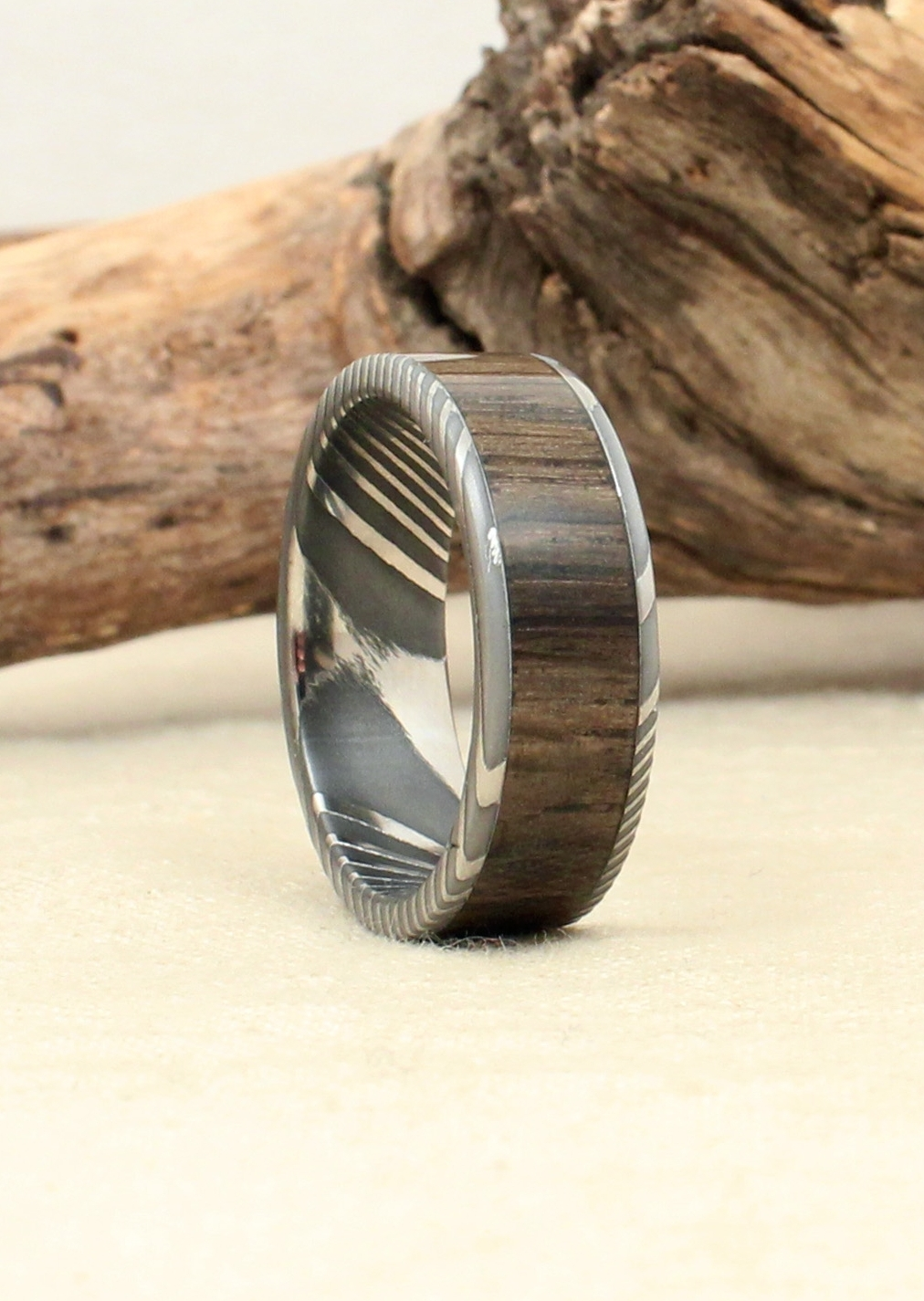damascus-steel-wood-ring-bog-oak-wedgewood.JPG