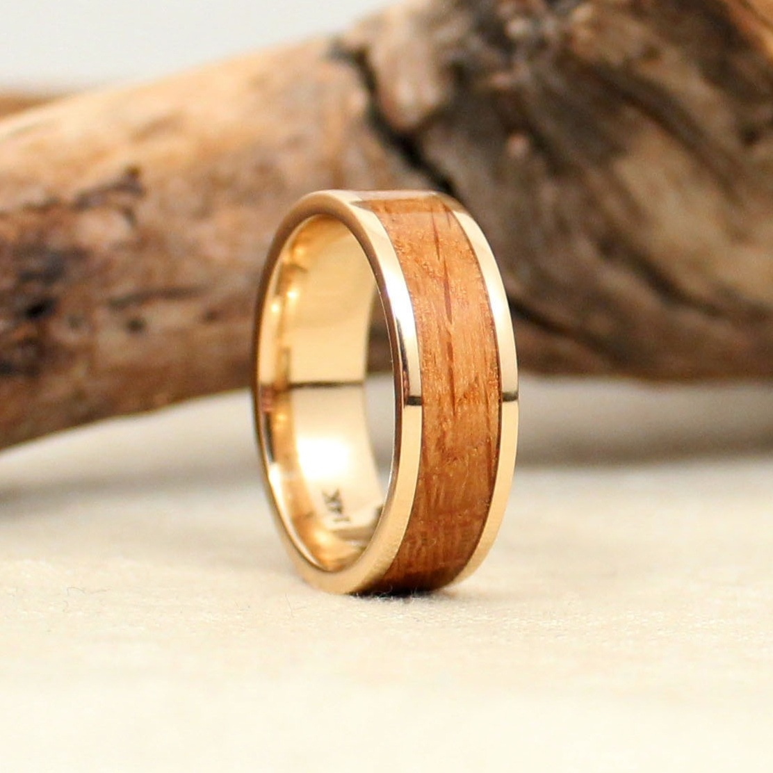 whiskey-barrel-wedding-ring-oak-gold-band-wedgewood.jpg