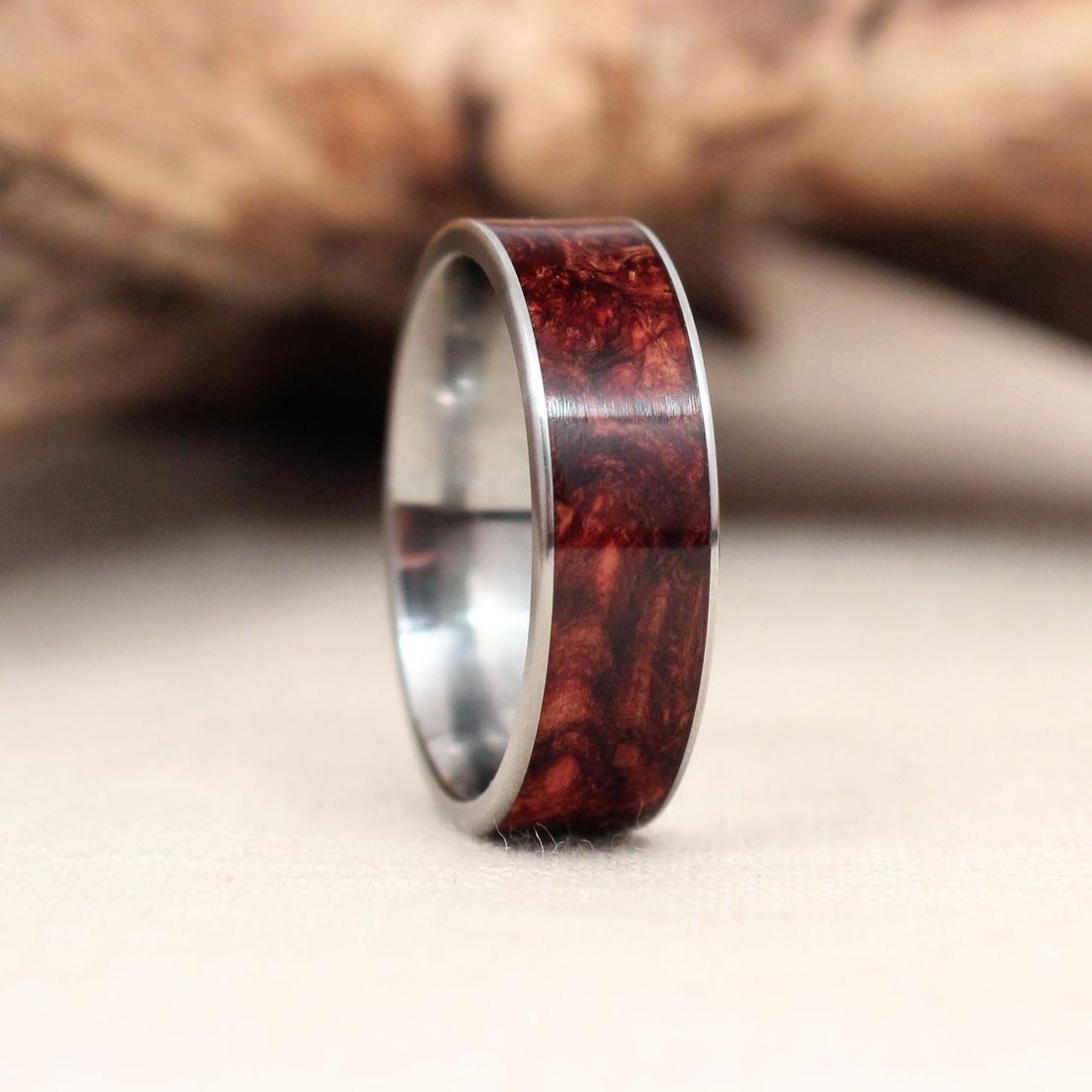 wooden-titanium-ring-rosewood-burl-wedgewood.jpg