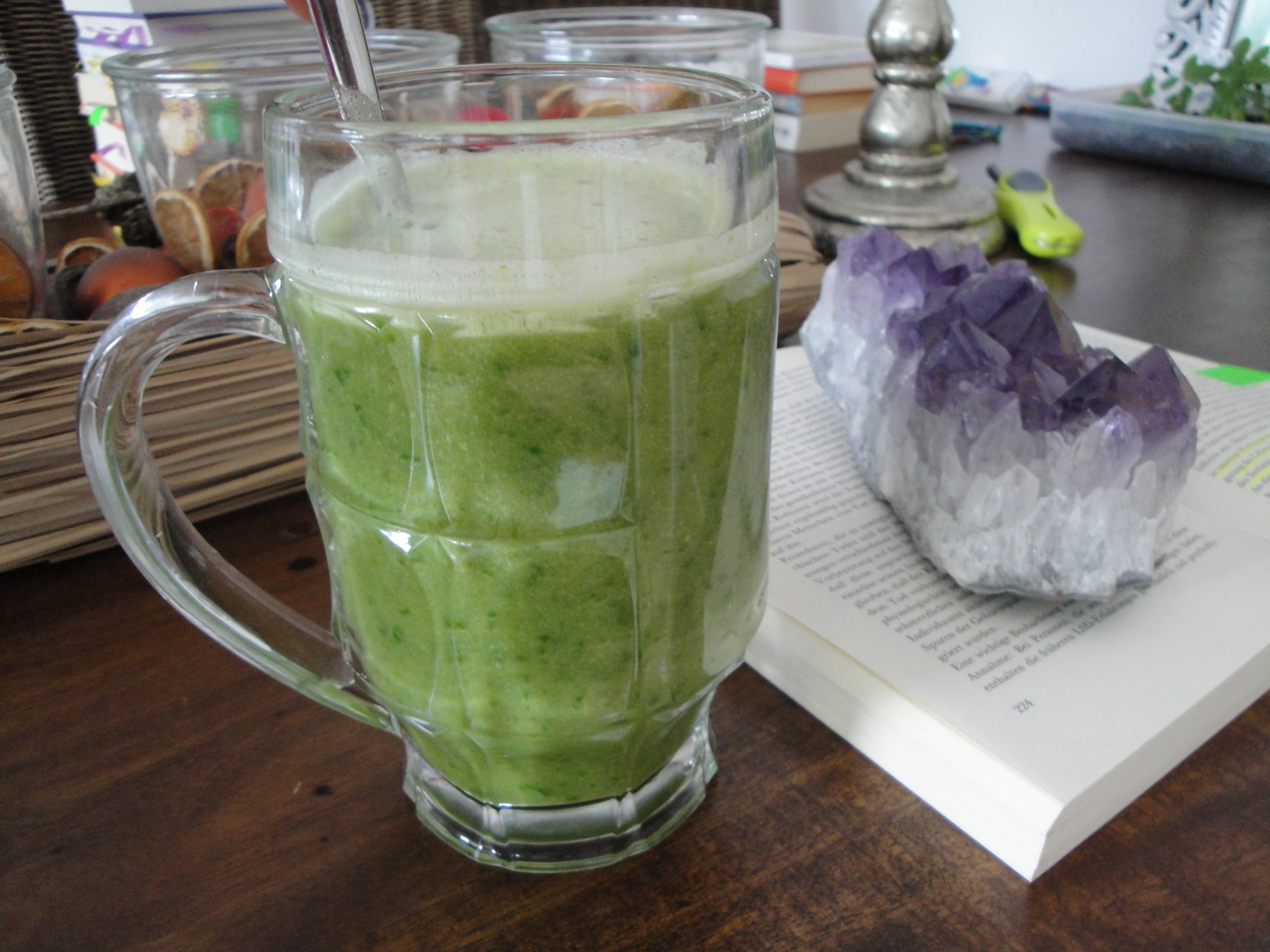 Green smoothies German style.