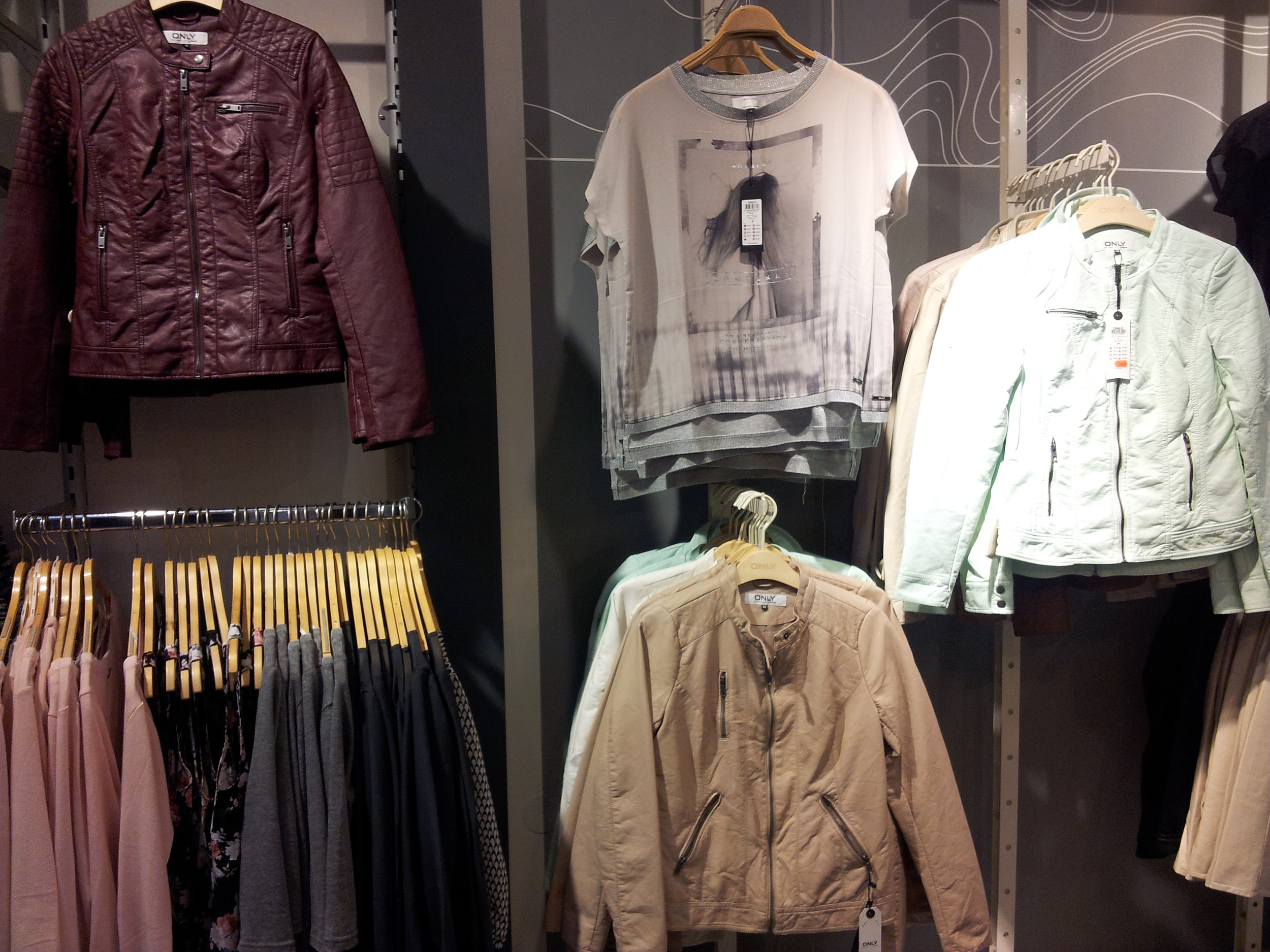 Vegan jackets for 40 euros