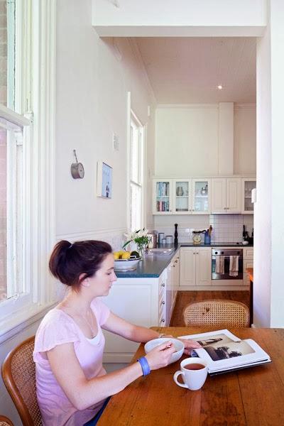 Barham_Avocados_Sarah_Anderson_Victoria_kitchen_woman_breakfast_architecture_tea