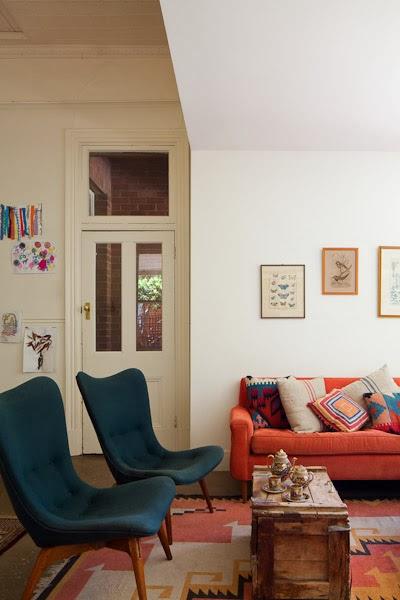 Barham_Avocados_Sarah_Anderson_Victoria_loungeroom_sofa_chair_wooden_chest_farm_house